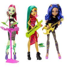Monster High Fierce Rockers 3 Pack Dolls Venus Mcflytrap Jinafire Clawdeen Wolf