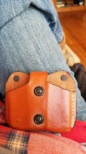 Desantis Gunhide Ambidextrous Tan Leather Double Mag Pouch Single Stack 9mm/.40
