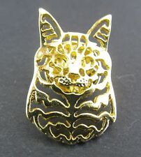 Maine Coon Cat Brooch or Pin -  Fashion Jewellery - Gold Plated, Stud Back