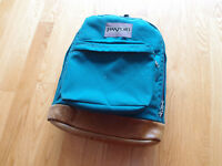 VTG Jansport Backpack Pack Made in USA Camping Day Hiking Duffle Leather School