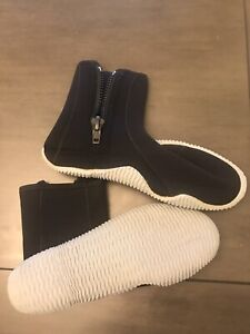 5mm Zip Dive Scuba Snorkel Boot Black Size 10 Hard Sole