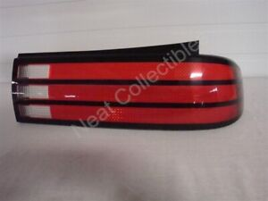 NOS OEM Pontiac Bonneville Tail Lamp Light Lens 1987 - 1989 Right Hand
