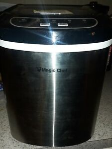 Magic Chef Portable Ice Maker Model HNIM27ST