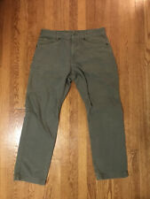 North Face Men's Campfire Pants- Size 34 R, Forest Green