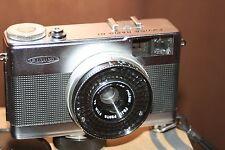 Fujica rápido D1 35mm Medio Marco Cámara + estuche-Buen Estado-Totalmente Funcional.