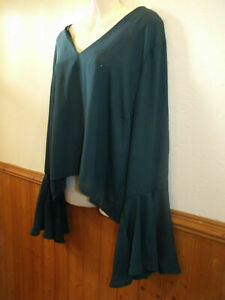 BRAND NEW BOOHOO FLUTED SLEEVE DARK GREEN BLOUSE SIZE 20