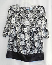 Annoucement Maternity top large 12-14 black & white floral w/bk ties 3/4 sleeves