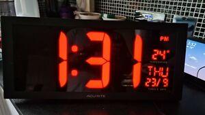 AcuRite 75100C 18 inch Large LED Clock with Indoor Temperature