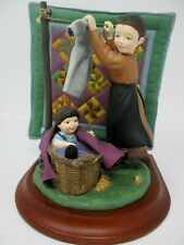 Willitts The Amish Heritage Collection Taking Down The Clothes Figurine 30026