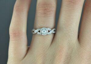 $1,550 RJC 14K White Gold 0.50ct Round Diamond Engagement Twist Shank Ring Band