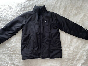 Nike men's coat size M good used condition