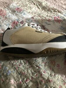 mbt size 7 Trainers