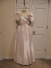 Nwt Southern Belle white vintage prom bridal Stage Princess costume gown Jr.Med