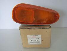 NEW OEM DODGE MOPAR Front Right Turn Signal Lamp Light #MB698916 Stealth 91-93