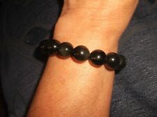 ELEGANT MARBLED BLACK WITH GREY HUES GLASS BEAD ELASTICATED BRACELET