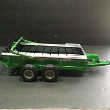 John Deere ERTL Frontier Manure Spreader Tandem Axle Trailer 1/16 Farm Play