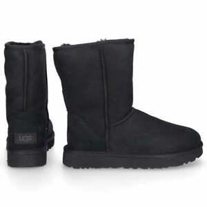 LADIES UGG BLACK CLASSIC SHORT BOOTS NEW IN BOX UK 11 US 12 EU 45 RRP £165.00