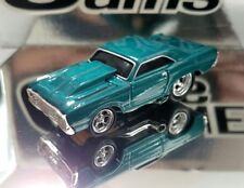 MUSCLE MACHINES 1/64 '68 DODGE HEMI DART ADULT COLLECTIBLE GREEN