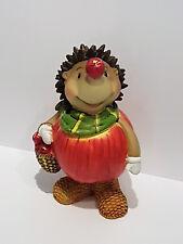 Igel mit Apfel Herbst Deko witzig niedlilch Dekofigur Korb Äpfel bunt Tischdeko