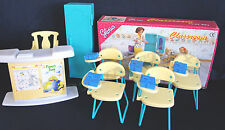 GLORIA DOLLHOUSE FURNITURE CLASSROOM 5 Classroom Chairs FOR BARBIE Free Shipping
