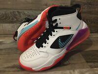 Air Jordan Mars 270 White basketball youth Size 5.5Y | Woman's 7| BQ6508-102 |K4