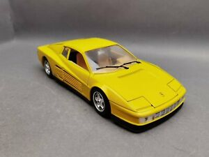 1:18..Burago--Ferrari Testarossa 1984 / 1E 715