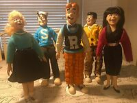 ARCHIE Comic Dolls with stands, Archie, Betty, Veronica, Jughead and Reggie