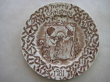 1981 Vintage Royal Crownford Staffordshire Merry Christmas Plate