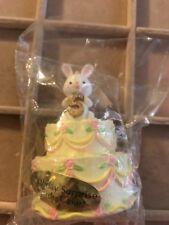 VINTAGE EASTER BUNNY RABBIT  PLASTIC TOPPER CAKE DECORATION 5 Yrs