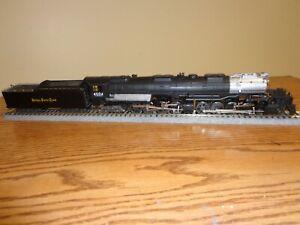 Rivarossi 4-8-8-4 bigboy steam engine with Tsunami2 sounds