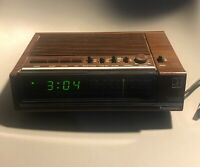 Vintage 80's Alarm Clock Radio Panasonic Model RC 6050 Works Great  TESTED