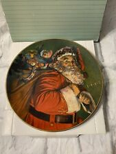 "Avon The Magic That Santa Brings 8"" collector's plate Christmas 1987"