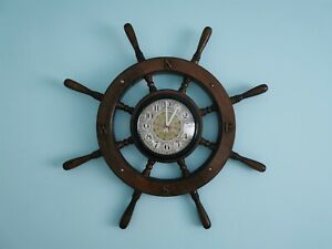 Vintage Wood Maritime Ships Wheel Clock. Battery operated. Working, Display