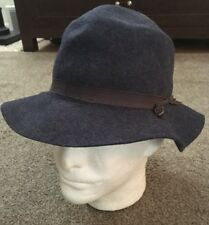 af78675f847ad Vintage Women s 100% Wool Blue Genuine Effanem Crusher Hat
