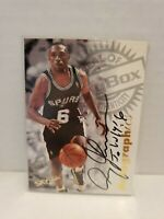 1997-98 Skybox Premium Autographics Avery Johnson Auto Spurs