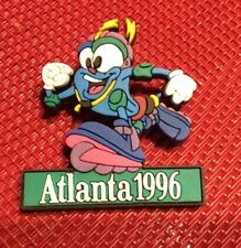 OLYMPIC PIN 1996 ATLANTA GEORGIA USA MASCOT IZZY ROLLER BLADING SKATING