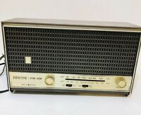 Zenith Solid State FM/AM Radio Model A-411-A Vintage