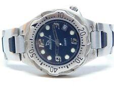 "Shark Freestyle Silver Tone Quartz Analog Men's Watch Sz. 7"""