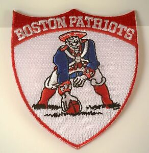 """BOSTON New England Patriots Vintage Style Embroidered Iron On Patch 3"""" X 2.75"""""""