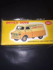 ATLAS EDITIONS - DINKY TOYS 482 BEDFORD 10CWT VAN - MINT SEALED + COA..