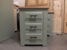 HAMPSHIRE PAINTED 3 DRAWER BEDSIDE CABINET /SOLID PINE - SOLID OAK - F&B PIGEON