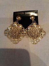 Earrings. 💜. New Large gold/pearl effect Dangle