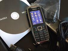 Nokia  E51 - White Steel (ohne Simlock)  Neuwertig !!!!