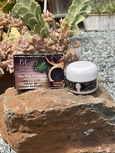 B'Oro Crema Facial 39g y Jabon Carbon. Boro facial cream and Charcoal soap