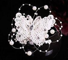 Accessoire mariage, bijou de cheveux , pince papillon brodé ,strass et perles