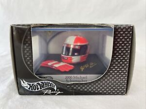 Hot Wheels Formula One Michael Schumacher 2000 Helmet + Gloves Mint in Case