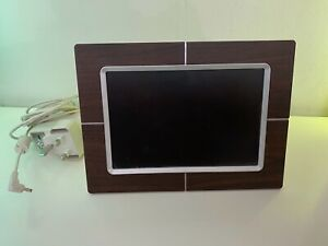 """Philips 9FF2CWO 9"""" Digital Picture Frame"""