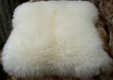 Sitzkissen Sitzunterlage aus echtem Lammfell Fell  Felle wollweiß
