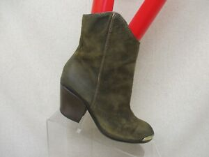 FERGIE Distressed Olive Green Ankle Boots Booties Womens Size 5.5 M CHAMBERS