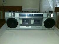 Sanyo M-W1 Cassette Am Fm Radio Record er Player